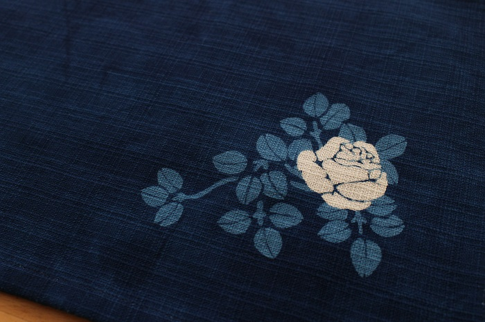 藍染リバーシブルティーマット(つるバラ)