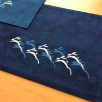 藍染リバーシブルティーマット(はねうさぎ)